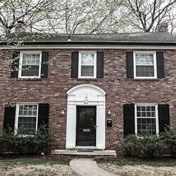 A New House--Lynn Steinberg